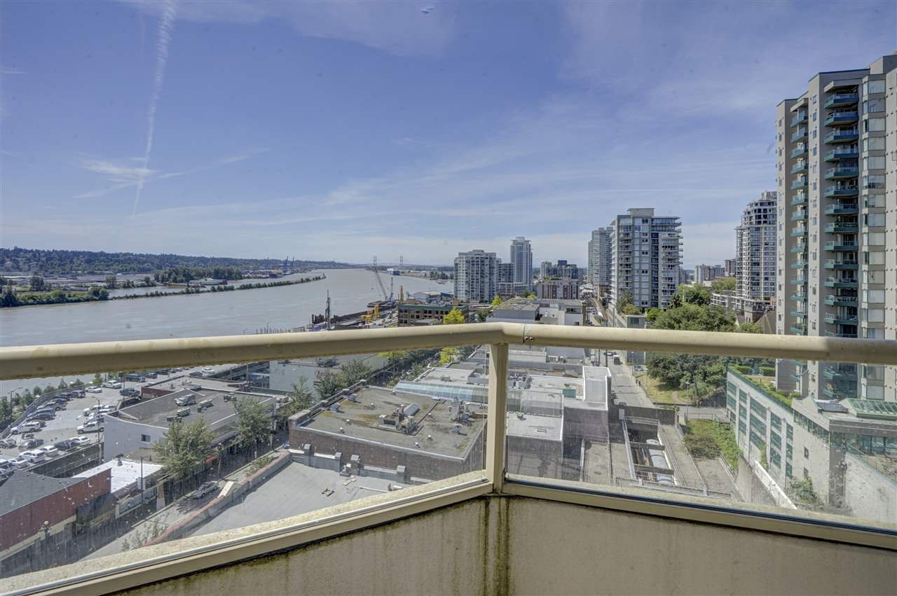 """Photo 13: Photos: 903 328 CLARKSON Street in New Westminster: Downtown NW Condo for sale in """"Highbourne Towers"""" : MLS®# R2381297"""