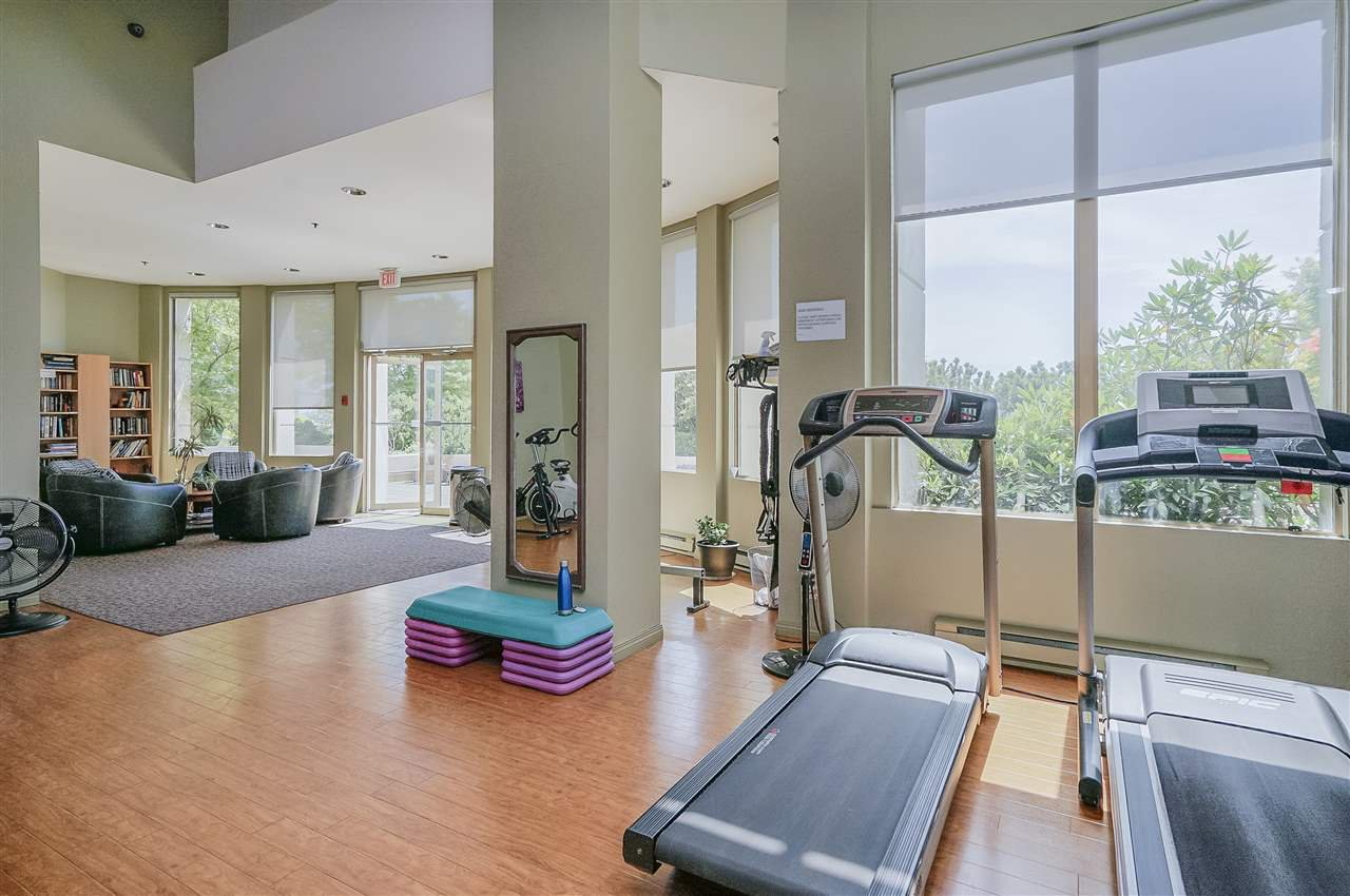 """Photo 15: Photos: 903 328 CLARKSON Street in New Westminster: Downtown NW Condo for sale in """"Highbourne Towers"""" : MLS®# R2381297"""