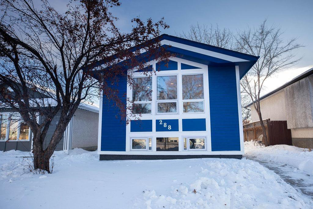 Main Photo: 288 Springfield Road in Winnipeg: Residential for sale (3F)  : MLS®# 202003381
