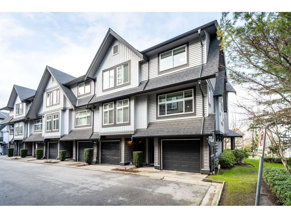 "Main Photo: 7 15192 62A Avenue in Surrey: Sullivan Station Townhouse for sale in ""ST.JAMES"" : MLS®# R2439445"