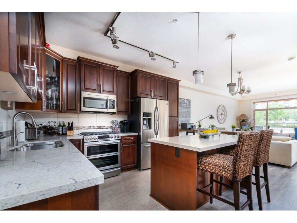 """Main Photo: B226 20716 WILLOUGHBY TOWN CENTRE Drive in Langley: Willoughby Heights Condo for sale in """"YORKSON DOWNS"""" : MLS®# R2455627"""