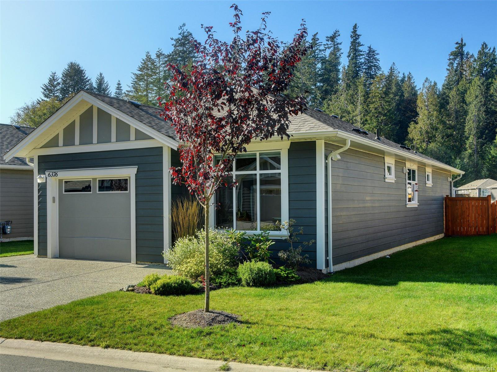 Main Photo: 6376 Shambrook Dr in : Sk Sunriver House for sale (Sooke)  : MLS®# 857574
