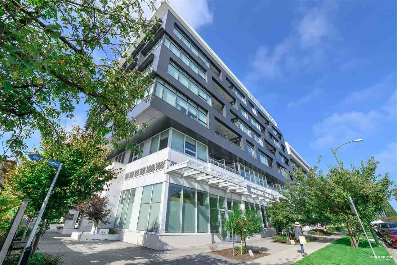 "Main Photo: 606 6383 CAMBIE Street in Vancouver: Oakridge VW Condo for sale in ""Forty Nine West"" (Vancouver West)  : MLS®# R2506344"