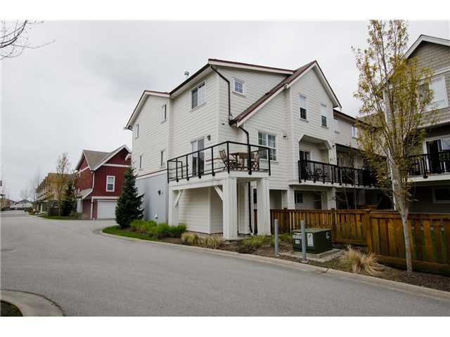 "Main Photo: 36 12251 NO 2 Road in Richmond: Steveston South Townhouse for sale in ""NAVIGATOR'S COVE"" : MLS®# V1058569"