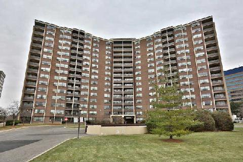 Main Photo: 214 451 The West Mall Avenue in Toronto: Etobicoke West Mall Condo for sale (Toronto W08)  : MLS®# W3081793