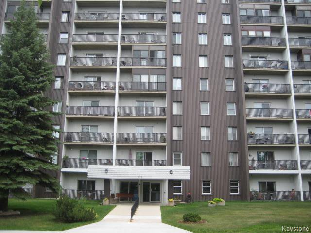 Main Photo: 175 Pulberry Street in WINNIPEG: St Vital Condominium for sale (South East Winnipeg)  : MLS®# 1525584
