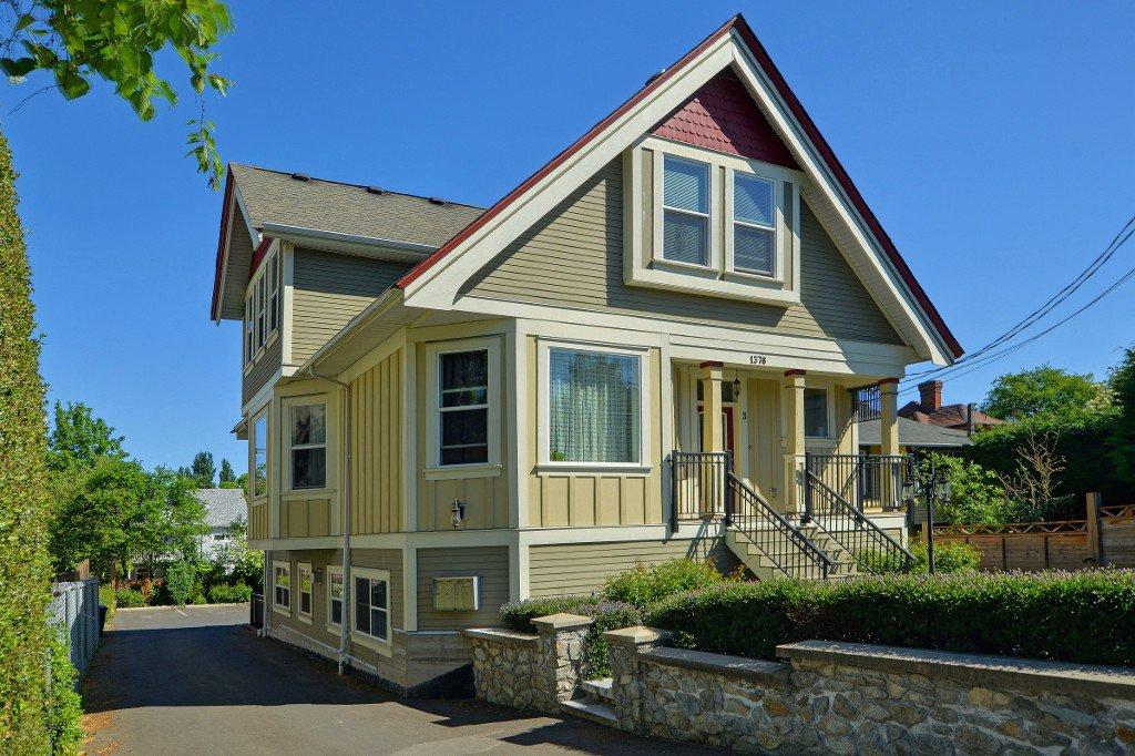 Main Photo: 1 1376 Pandora Ave in VICTORIA: Vi Fernwood Condo for sale (Victoria)  : MLS®# 730224