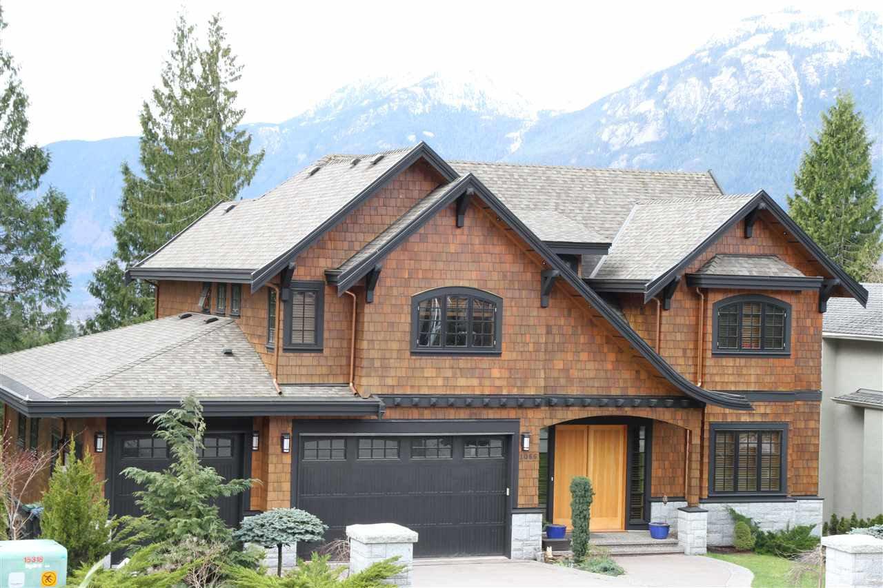 Main Photo: 1066 GLACIER VIEW Drive in Squamish: Garibaldi Highlands House for sale : MLS®# R2118309