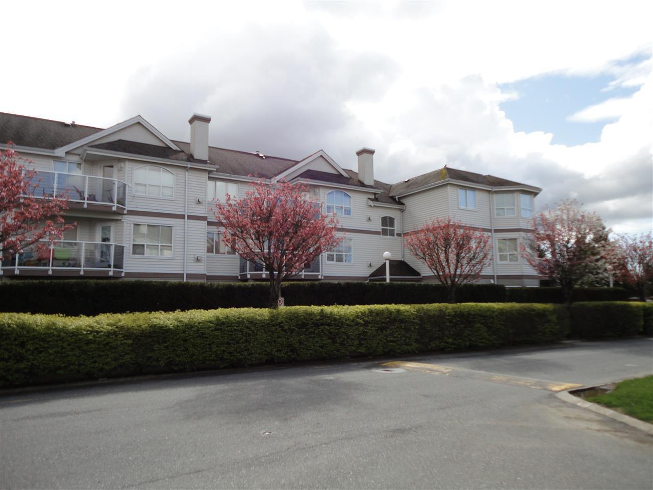 "Main Photo: 208 12769 72 Avenue in Surrey: West Newton Condo for sale in ""THE SAVOY"" : MLS®# R2137410"