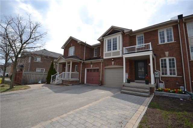 Main Photo: Lucerne Drive in Vaughan: Vellore Village House for sale : Marie Commisso Vaughan Real Estate