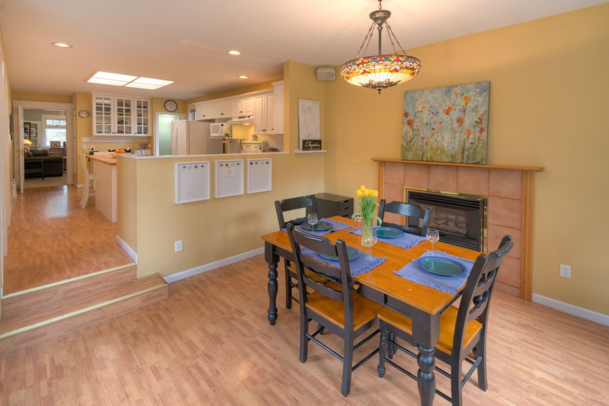 Photo 15: Photos: 216 SIXTH AVENUE in New Westminster: Queens Park House for sale : MLS®# R2157969