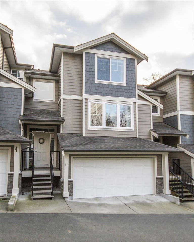 Main Photo: 17 11384 BURNETT STREET in Maple Ridge: East Central Townhouse for sale : MLS®# R2135118