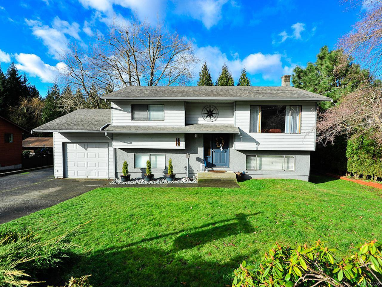 Main Photo: 245 Torrence Rd in COMOX: CV Comox (Town of) House for sale (Comox Valley)  : MLS®# 778605