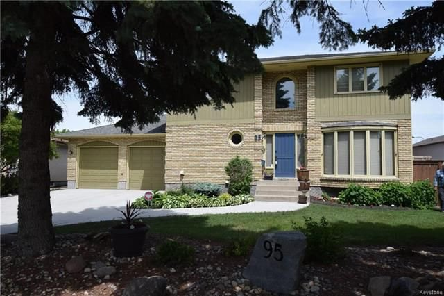 Main Photo: 95 Ambassador Row in Winnipeg: Parkway Village Residential for sale (4F)  : MLS®# 1812383