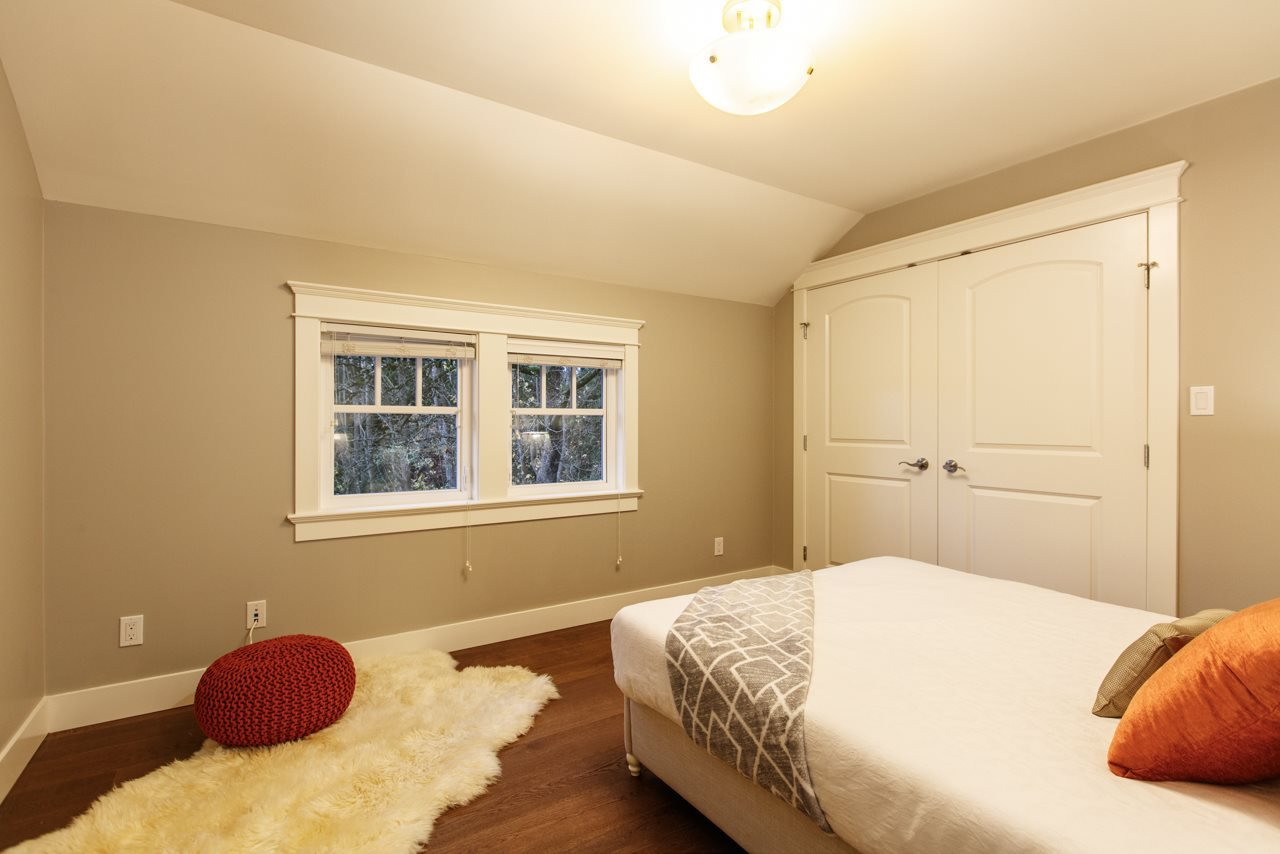 """Photo 15: Photos: 3193 W 43RD Avenue in Vancouver: Kerrisdale House for sale in """"KERRISDALE"""" (Vancouver West)  : MLS®# R2323561"""