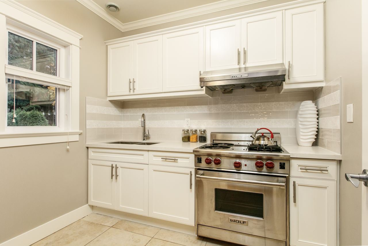 """Photo 7: Photos: 3193 W 43RD Avenue in Vancouver: Kerrisdale House for sale in """"KERRISDALE"""" (Vancouver West)  : MLS®# R2323561"""
