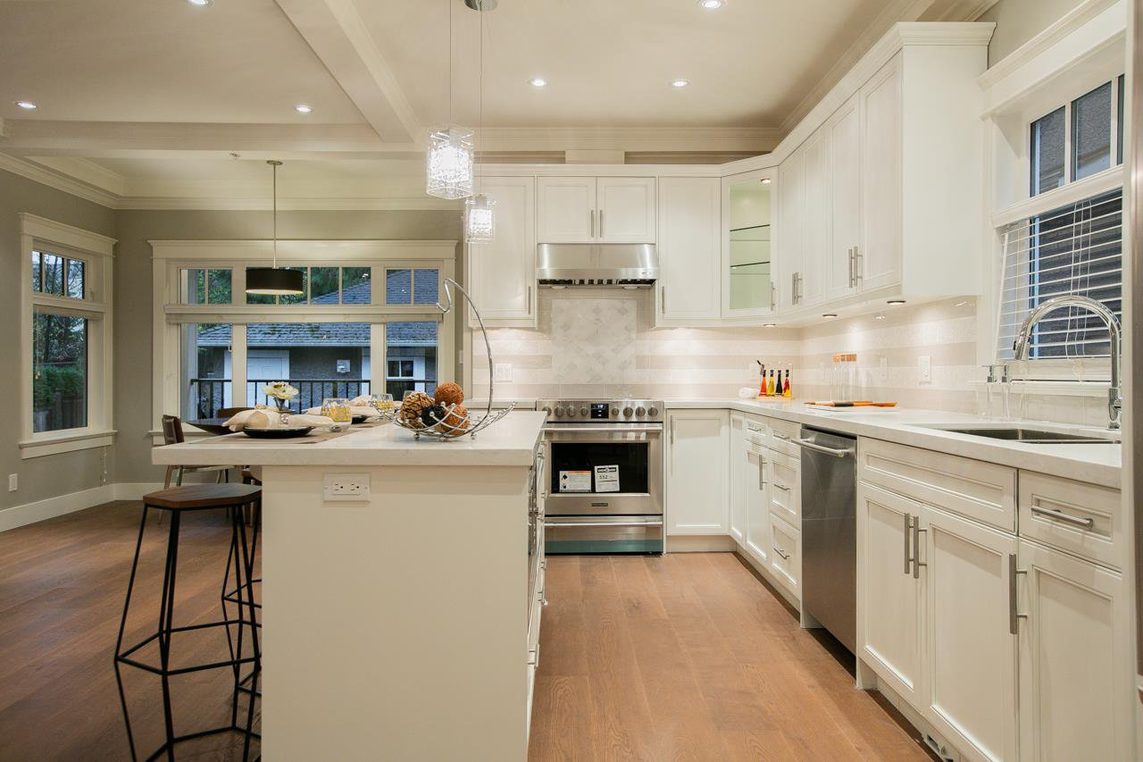 """Photo 4: Photos: 3193 W 43RD Avenue in Vancouver: Kerrisdale House for sale in """"KERRISDALE"""" (Vancouver West)  : MLS®# R2323561"""