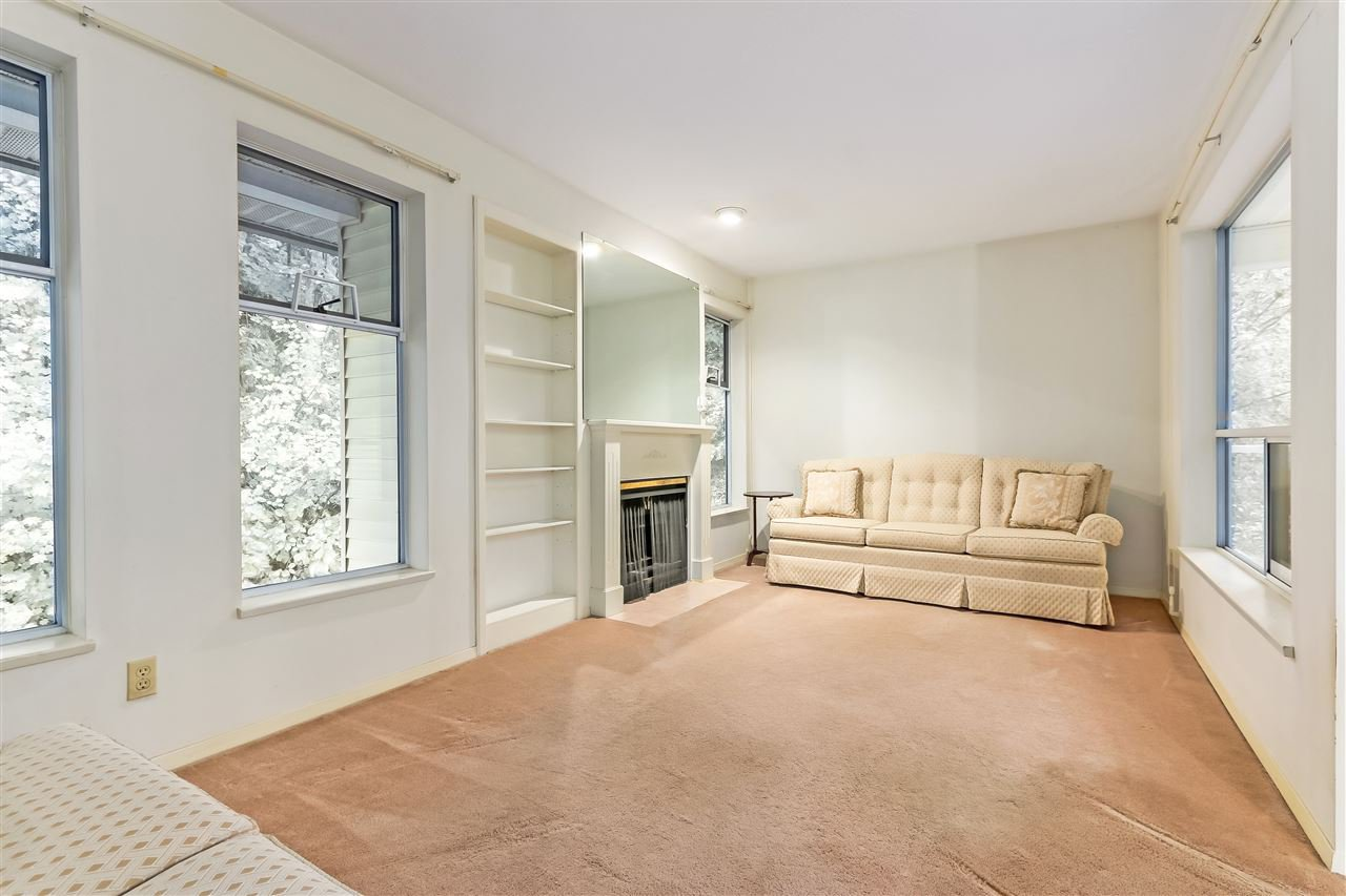 """Photo 8: Photos: 111 6841 138 Street in Surrey: East Newton Townhouse for sale in """"Hyland Creek"""" : MLS®# R2376717"""