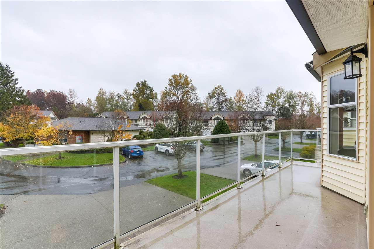 """Photo 3: Photos: 111 6841 138 Street in Surrey: East Newton Townhouse for sale in """"Hyland Creek"""" : MLS®# R2376717"""