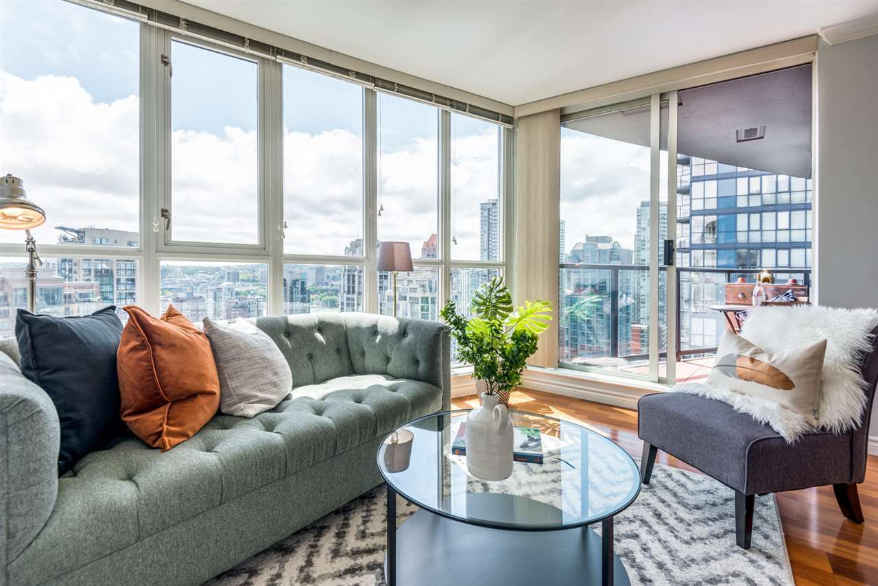 "Main Photo: 2506 1155 SEYMOUR Street in Vancouver: Downtown VW Condo for sale in ""Brava"" (Vancouver West)  : MLS®# R2387101"