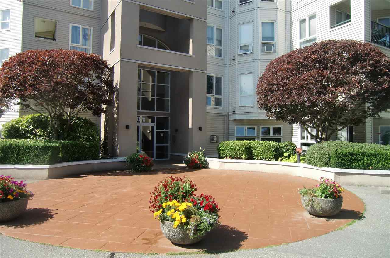 """Main Photo: 207 3172 GLADWIN Road in Abbotsford: Central Abbotsford Condo for sale in """"Regency  Park"""" : MLS®# R2400165"""