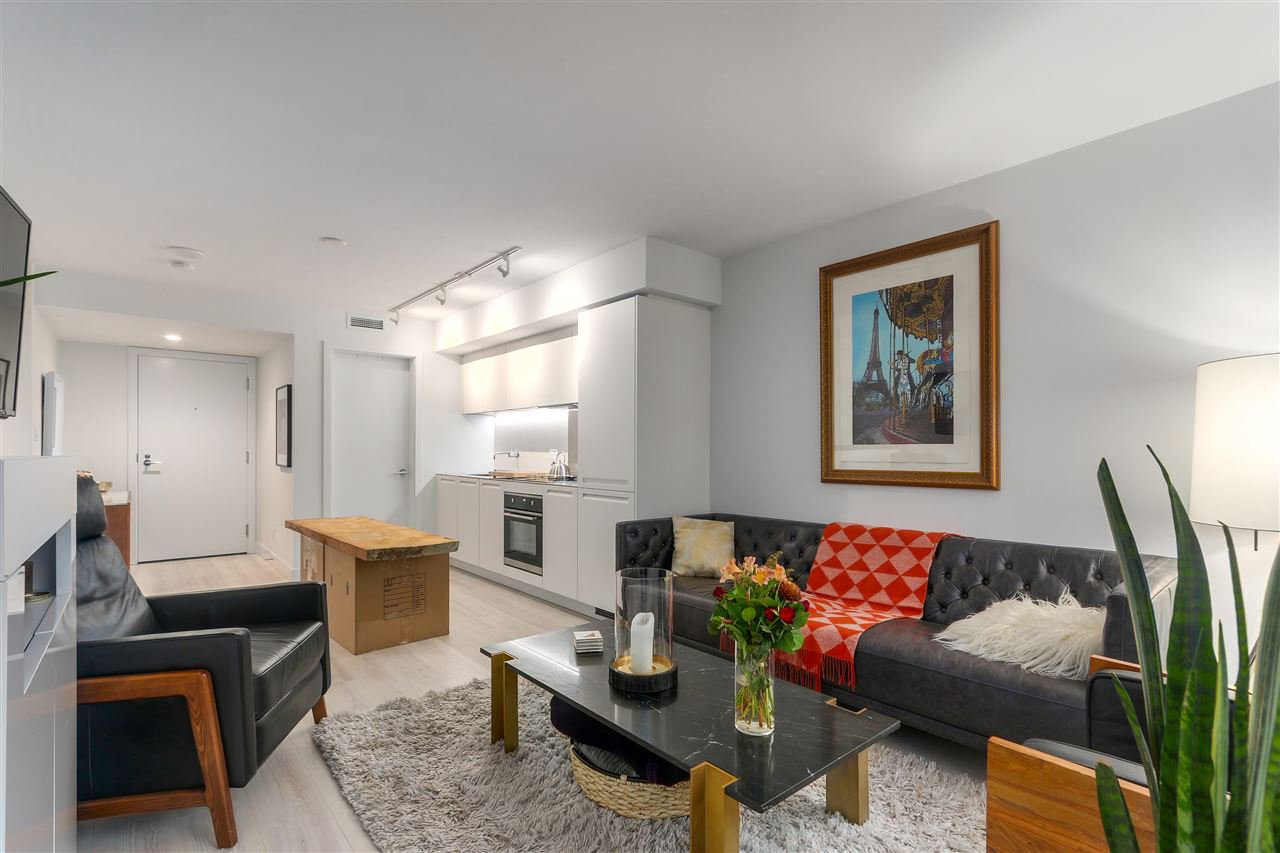 "Main Photo: 708 1133 HORNBY Street in Vancouver: Downtown VW Condo for sale in ""ADDITION"" (Vancouver West)  : MLS®# R2422132"