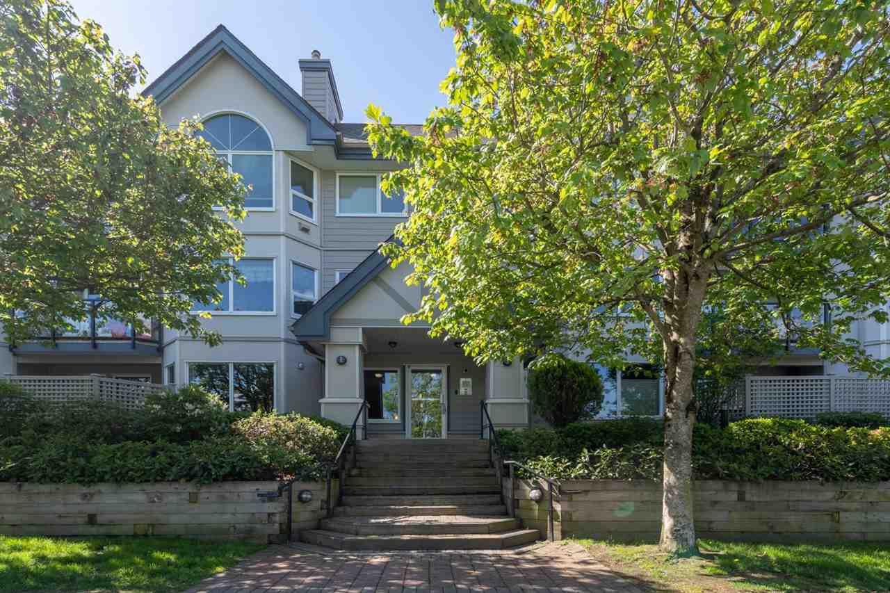 "Main Photo: 201 1460 PEMBERTON Avenue in Squamish: Downtown SQ Condo for sale in ""MARINA ESTATES"" : MLS®# R2457910"