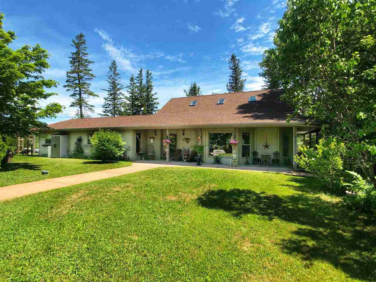 Main Photo: 72 Beech Brook Road in Ardoise: 403-Hants County Residential for sale (Annapolis Valley)  : MLS®# 202013998