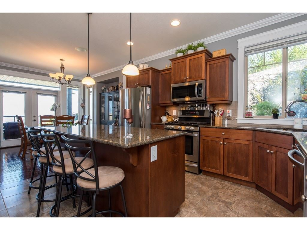 """Photo 10: Photos: 31 43540 ALAMEDA Drive in Chilliwack: Chilliwack Mountain Townhouse for sale in """"RETRIEVER RIDGE"""" : MLS®# R2488966"""