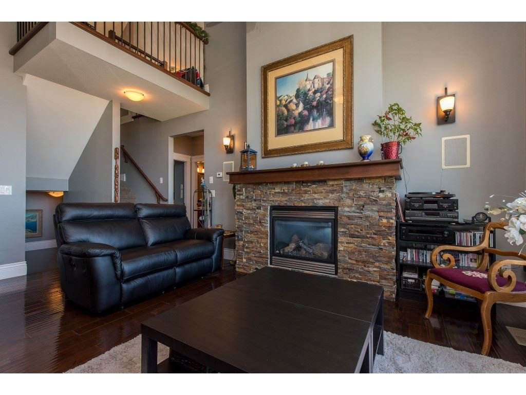 """Photo 6: Photos: 31 43540 ALAMEDA Drive in Chilliwack: Chilliwack Mountain Townhouse for sale in """"RETRIEVER RIDGE"""" : MLS®# R2488966"""