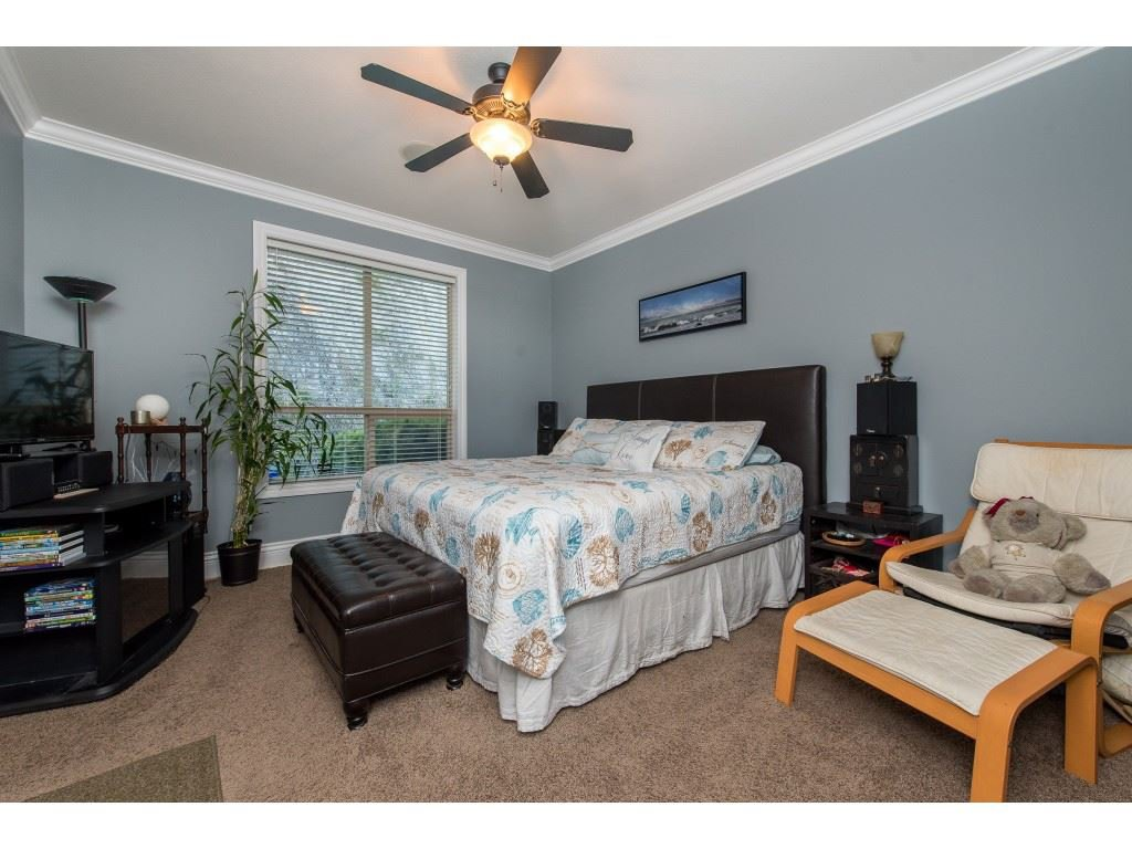 """Photo 16: Photos: 31 43540 ALAMEDA Drive in Chilliwack: Chilliwack Mountain Townhouse for sale in """"RETRIEVER RIDGE"""" : MLS®# R2488966"""