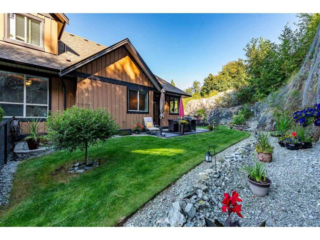 """Photo 35: Photos: 31 43540 ALAMEDA Drive in Chilliwack: Chilliwack Mountain Townhouse for sale in """"RETRIEVER RIDGE"""" : MLS®# R2488966"""