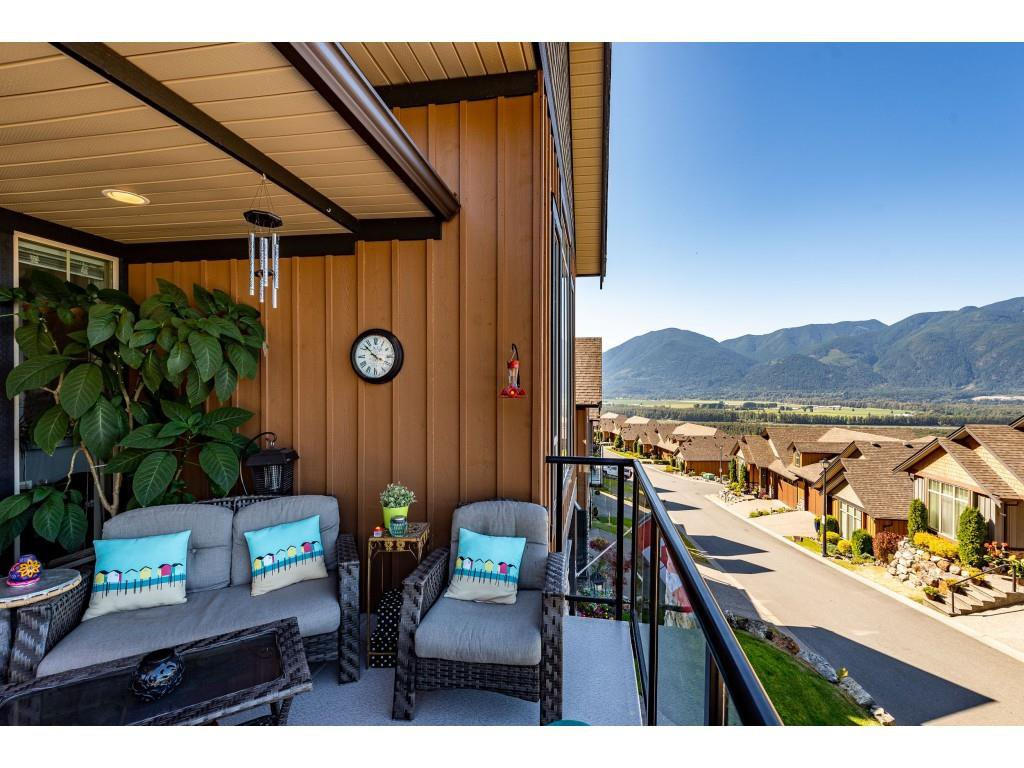"""Photo 27: Photos: 31 43540 ALAMEDA Drive in Chilliwack: Chilliwack Mountain Townhouse for sale in """"RETRIEVER RIDGE"""" : MLS®# R2488966"""