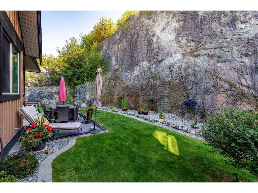 """Photo 34: Photos: 31 43540 ALAMEDA Drive in Chilliwack: Chilliwack Mountain Townhouse for sale in """"RETRIEVER RIDGE"""" : MLS®# R2488966"""