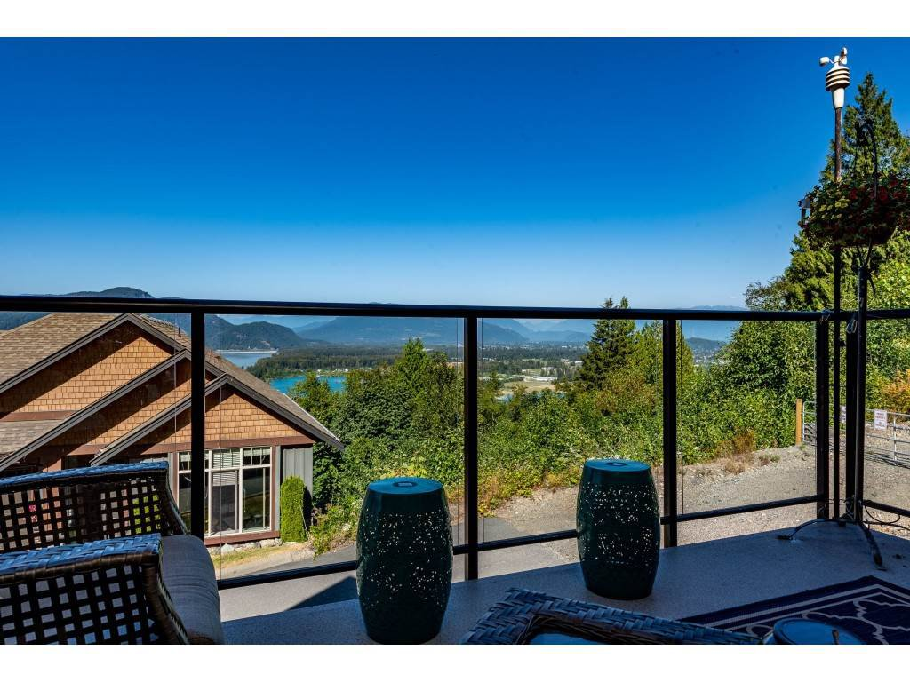 """Photo 28: Photos: 31 43540 ALAMEDA Drive in Chilliwack: Chilliwack Mountain Townhouse for sale in """"RETRIEVER RIDGE"""" : MLS®# R2488966"""