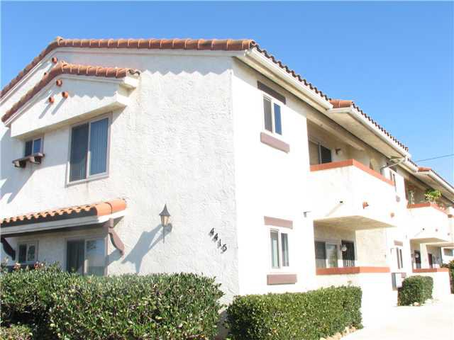 Main Photo: CLAIREMONT Home for sale or rent : 2 bedrooms : 4415 Clairemont #3 in San Diego