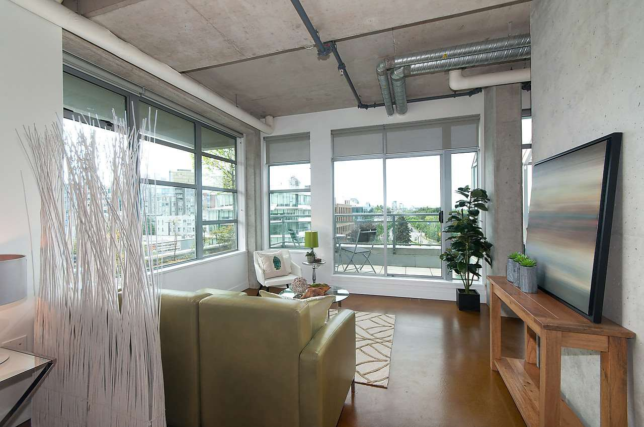 Photo 4: Photos: 502 495 W 6TH Avenue in Vancouver: False Creek Condo for sale (Vancouver West)  : MLS®# R2065744