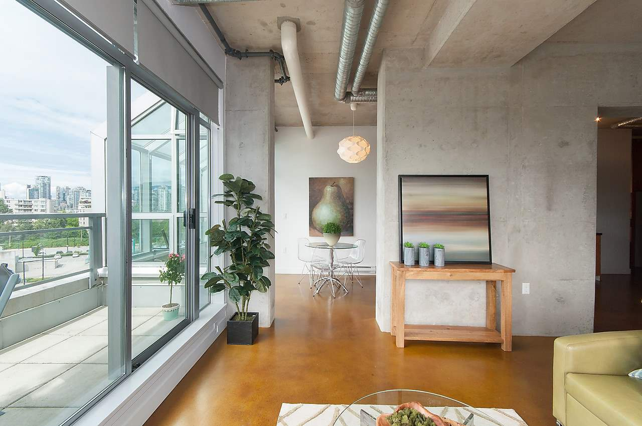 Photo 2: Photos: 502 495 W 6TH Avenue in Vancouver: False Creek Condo for sale (Vancouver West)  : MLS®# R2065744