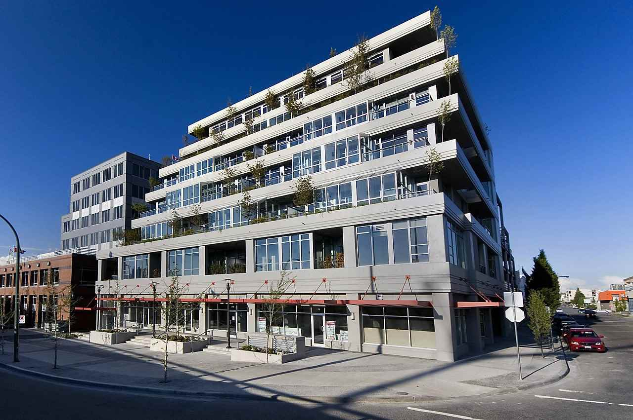 Main Photo: 502 495 W 6TH Avenue in Vancouver: False Creek Condo for sale (Vancouver West)  : MLS®# R2065744