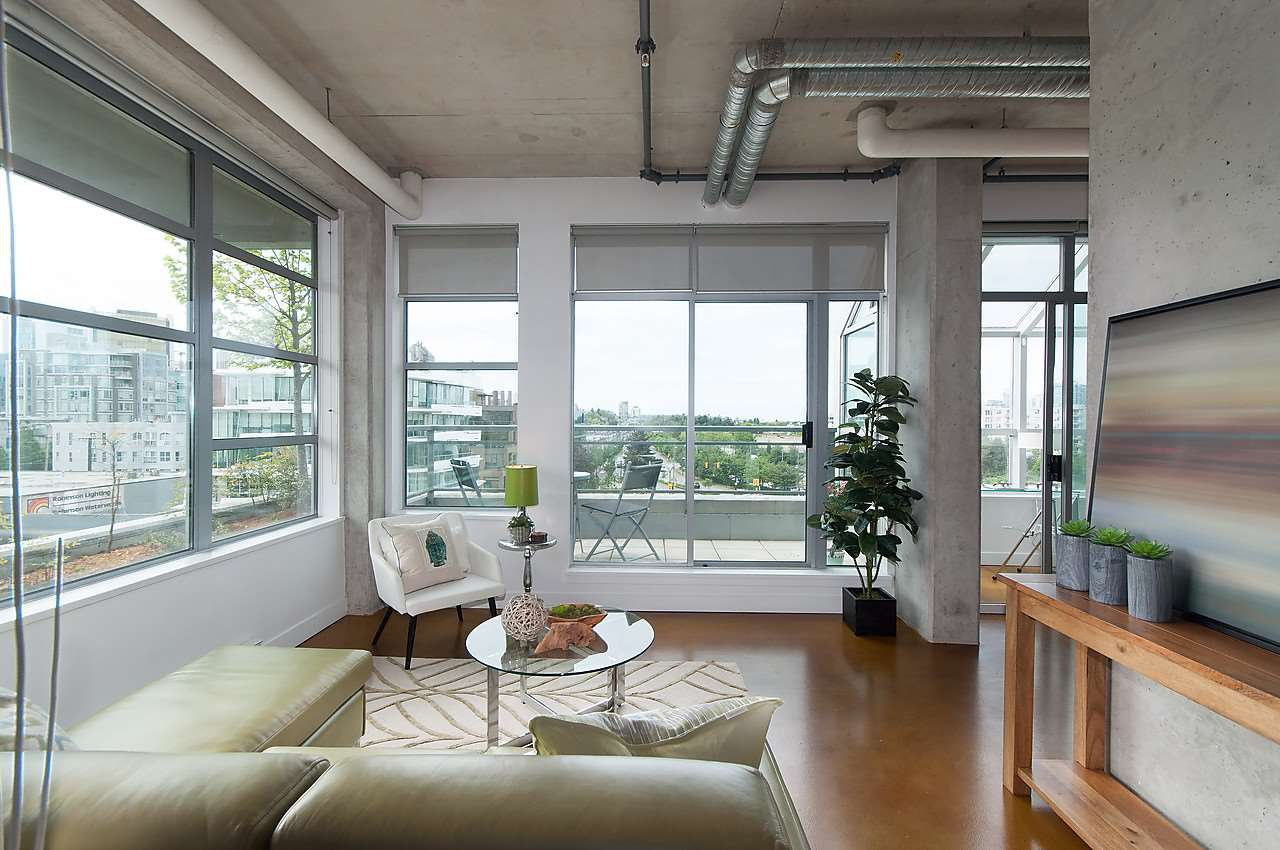 Photo 3: Photos: 502 495 W 6TH Avenue in Vancouver: False Creek Condo for sale (Vancouver West)  : MLS®# R2065744