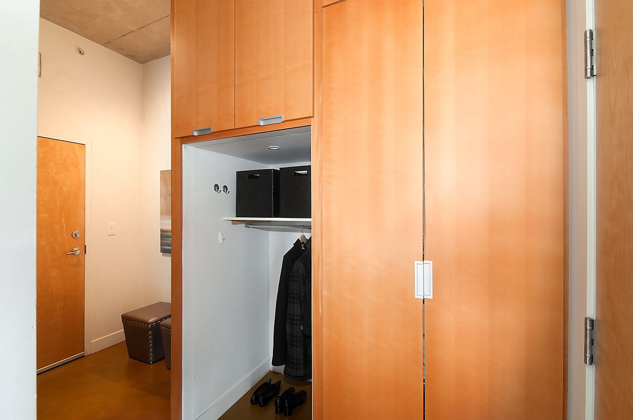 Photo 11: Photos: 502 495 W 6TH Avenue in Vancouver: False Creek Condo for sale (Vancouver West)  : MLS®# R2065744