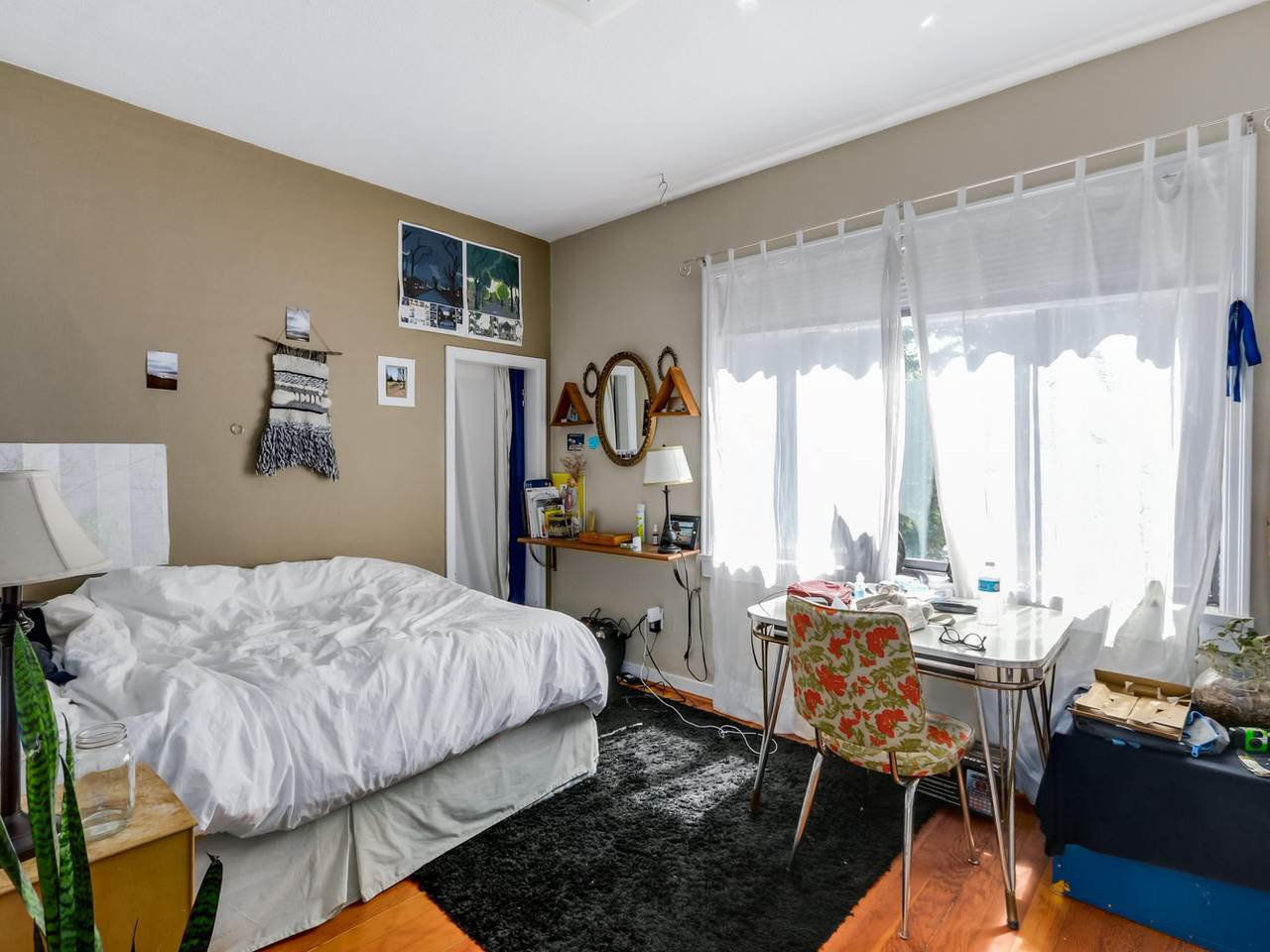"""Photo 15: Photos: 835 E 19TH Avenue in Vancouver: Fraser VE House for sale in """"CEDAR COTTAGE"""" (Vancouver East)  : MLS®# R2071745"""