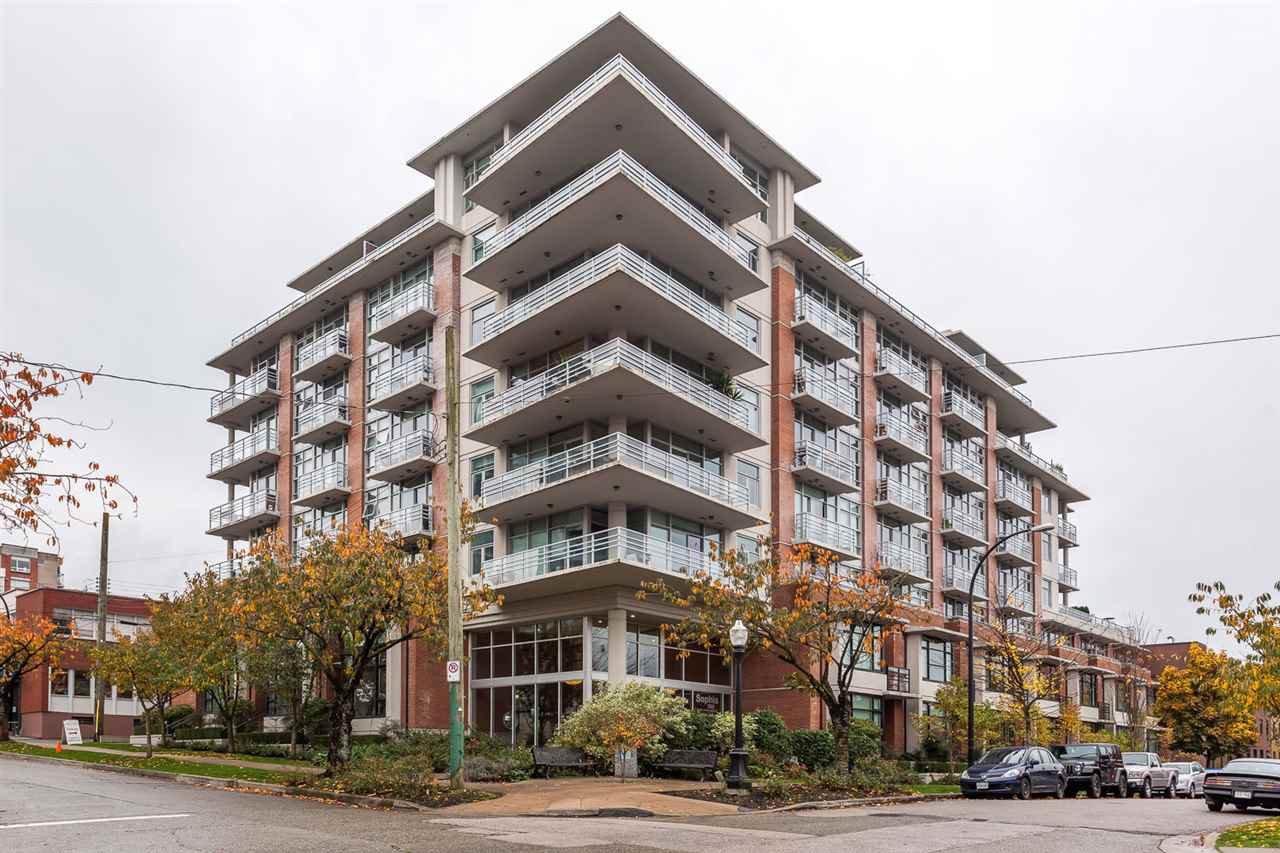 "Main Photo: 403 298 E 11TH Avenue in Vancouver: Mount Pleasant VE Condo for sale in ""SOPHIA"" (Vancouver East)  : MLS®# R2121836"