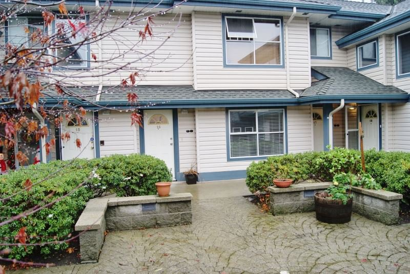 """Main Photo: 16 5664 208 Street in Langley: Langley City Townhouse for sale in """"The Meadows"""" : MLS®# R2125895"""