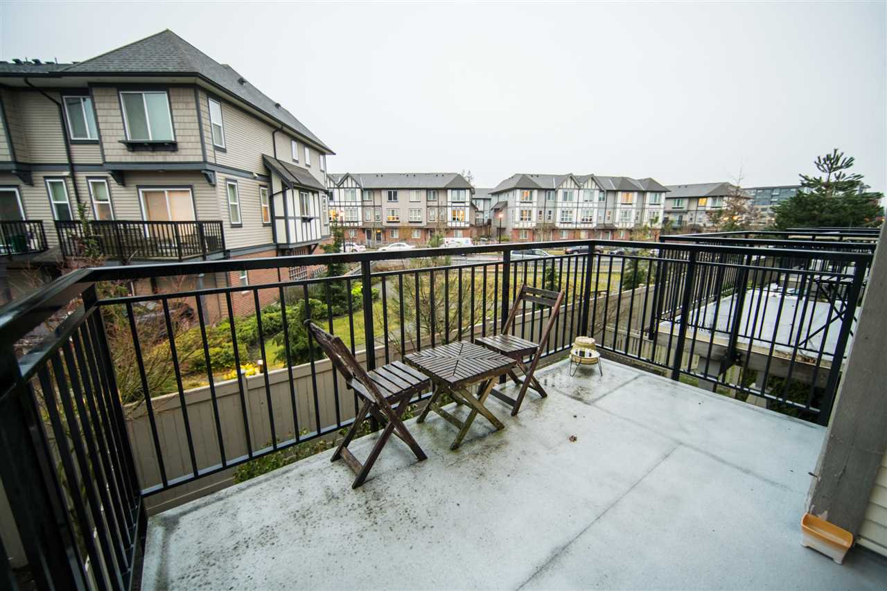 "Photo 10: Photos: 23 9800 ODLIN Road in Richmond: West Cambie Townhouse for sale in ""HENNESSY GREEN"" : MLS®# R2144702"