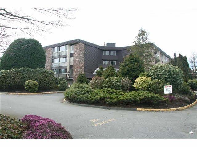 "Main Photo: 120 10631 NO 3 Road in Richmond: Broadmoor Condo for sale in ""ADMIRALS WALK"" : MLS®# R2149695"