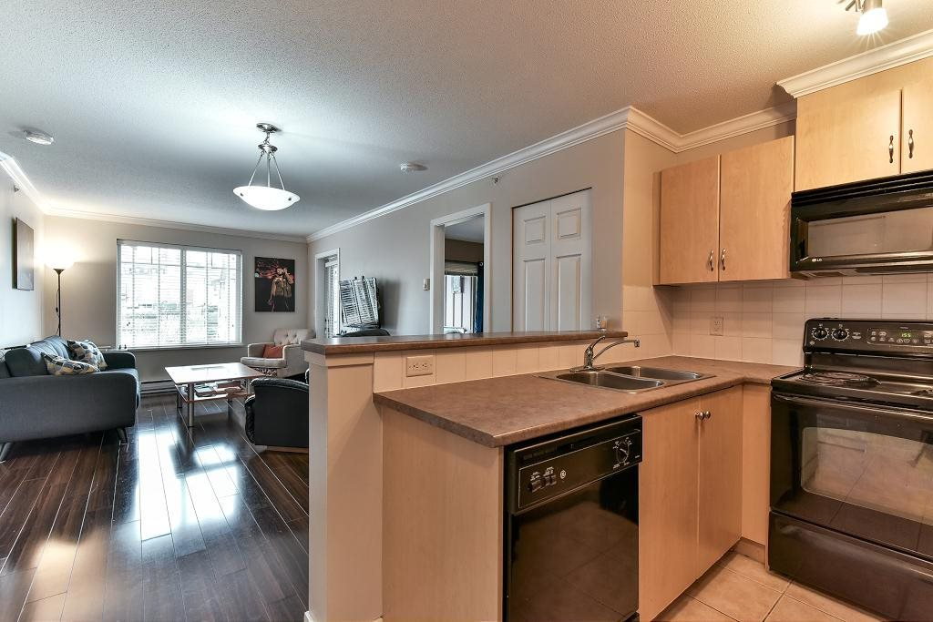 """Photo 4: Photos: 3416 240 SHERBROOKE Street in New Westminster: Sapperton Condo for sale in """"COPPERSTONE"""" : MLS®# R2152865"""