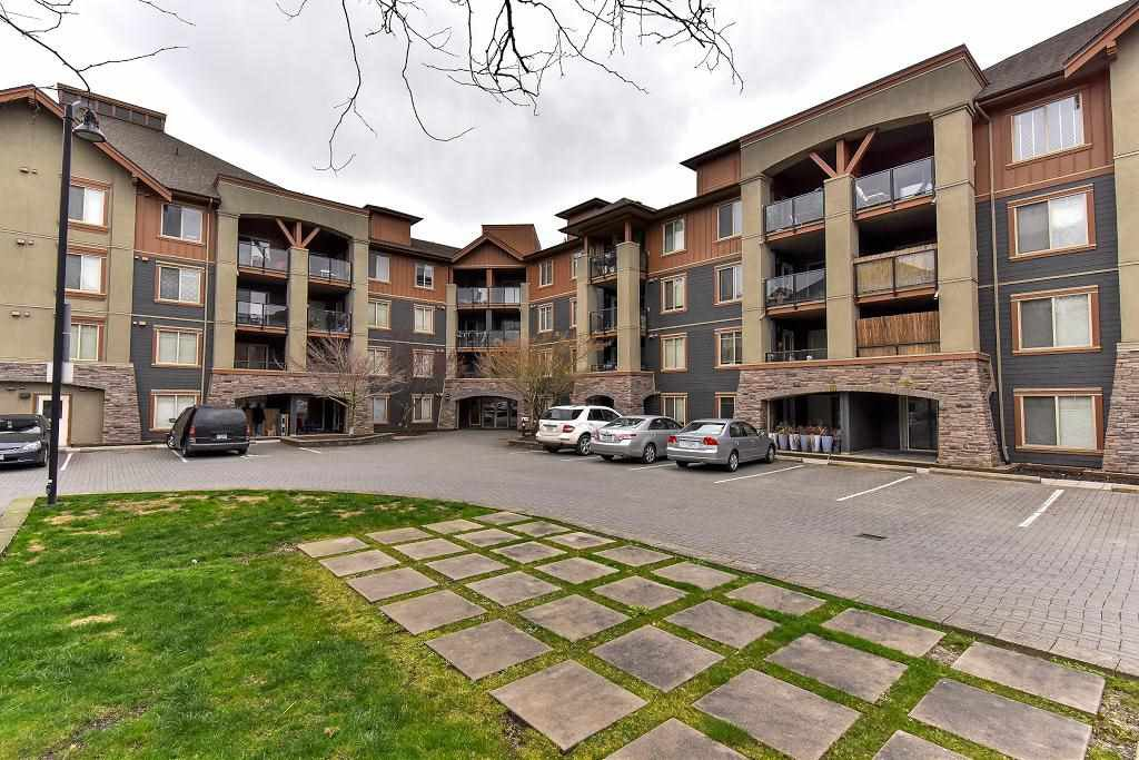 """Photo 1: Photos: 3416 240 SHERBROOKE Street in New Westminster: Sapperton Condo for sale in """"COPPERSTONE"""" : MLS®# R2152865"""