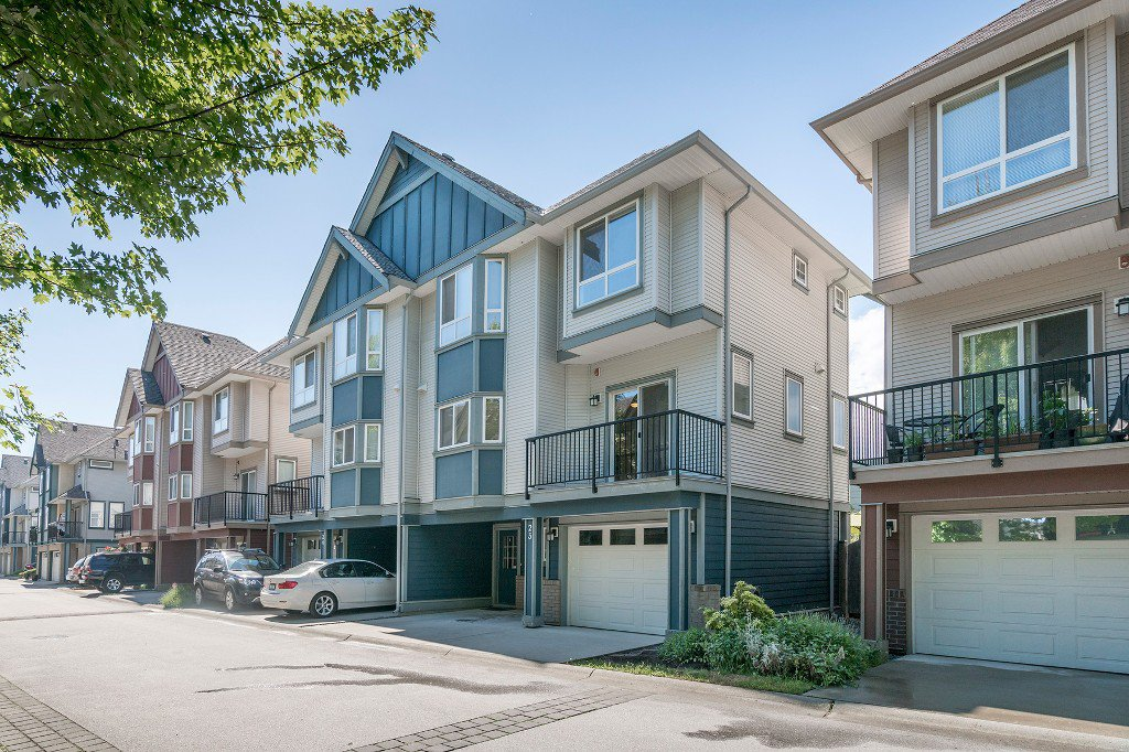 Main Photo: 1211 Ewen Ave in New Westminster: Queensborough Townhouse for sale