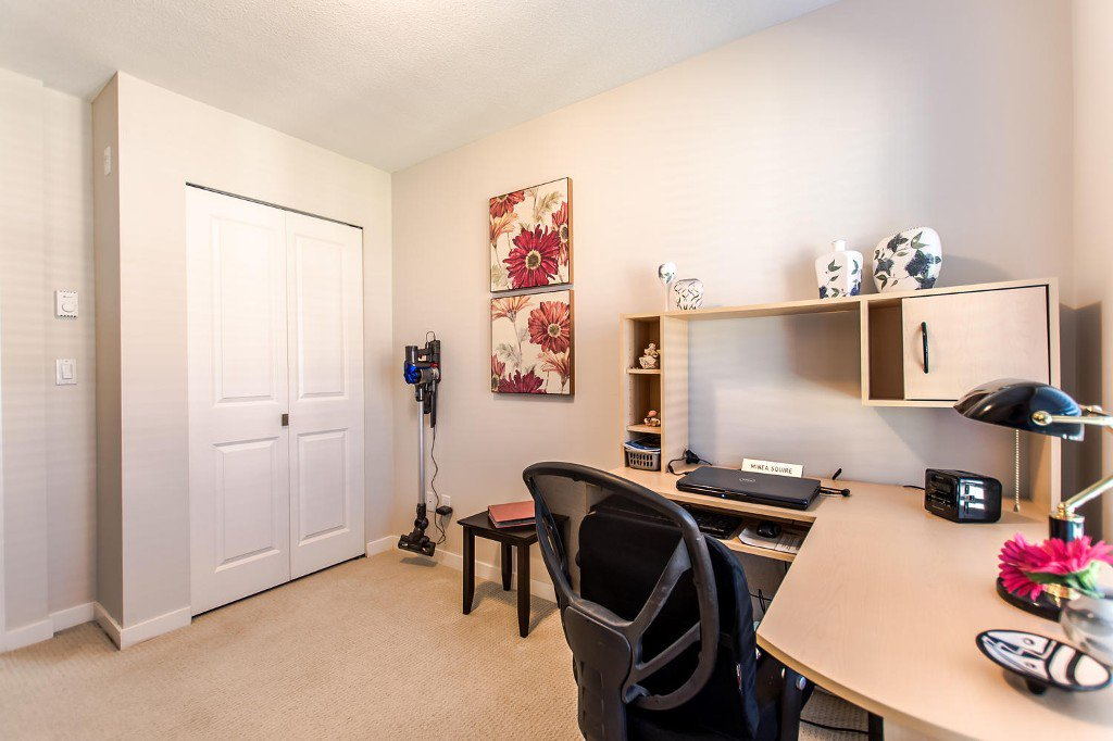 Photo 15: Photos: #417 21009 56 Avenue: Langley City Condo for sale (Langley)  : MLS®# R2210184